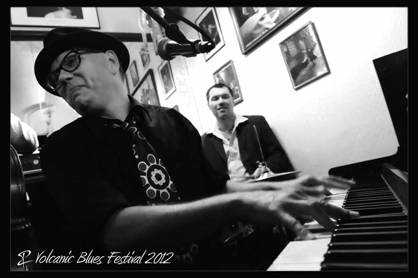 ricky-nye_volcanic-blues_3.jpg