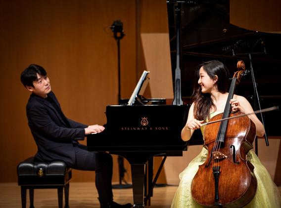 2021408 금호악기 시리즈_최하영 Cello (c)Kumho Asiana Cultural Foundation (1).jpg
