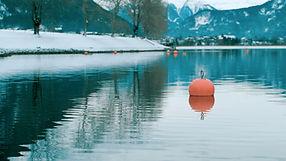 Scenery of a winter lake. Shot by Tjark Lienke.