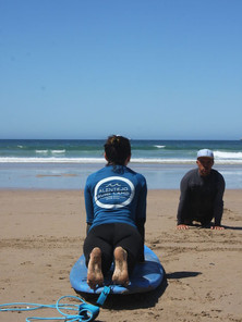 Qualified Instructors for better Surfing