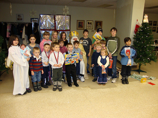 St. Nicholas Visits Holy Cross