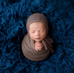 Baby in dem Kukon