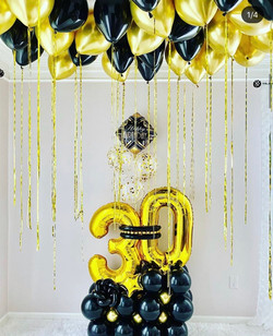 Balloon Arrangement for 30th Birthday