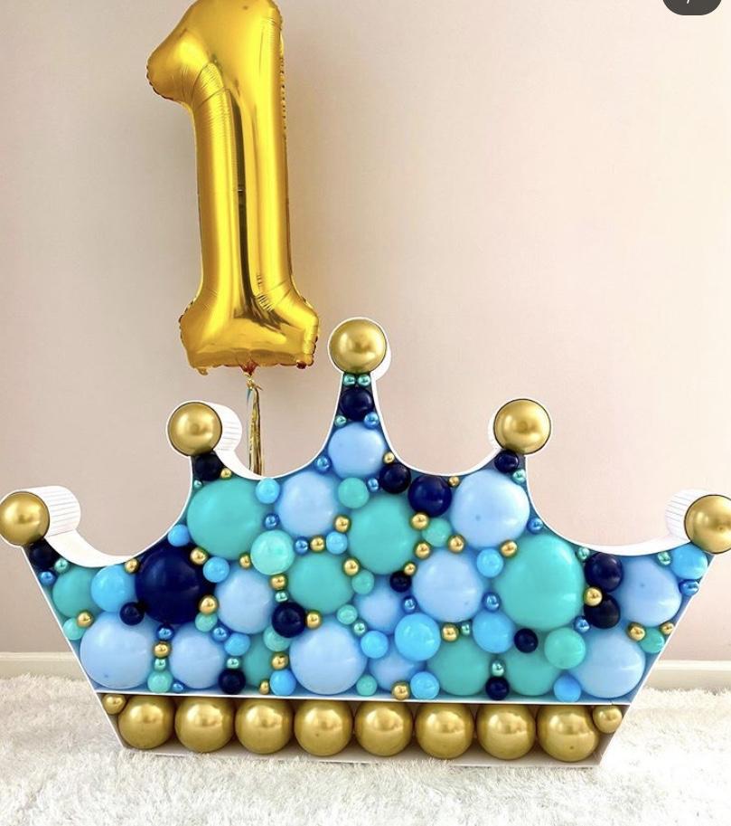 Mosaic Balloons Crown