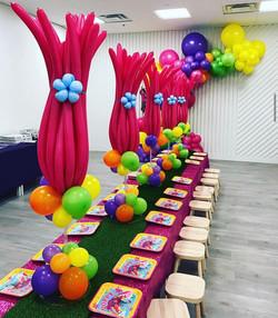 Trolls Balloons Centerpieces