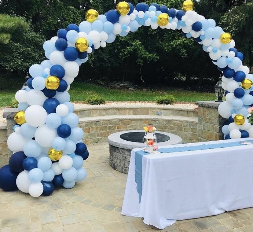 Organic Balloons Arch