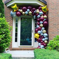 Drive-thru Graduation Balloons Garalnd
