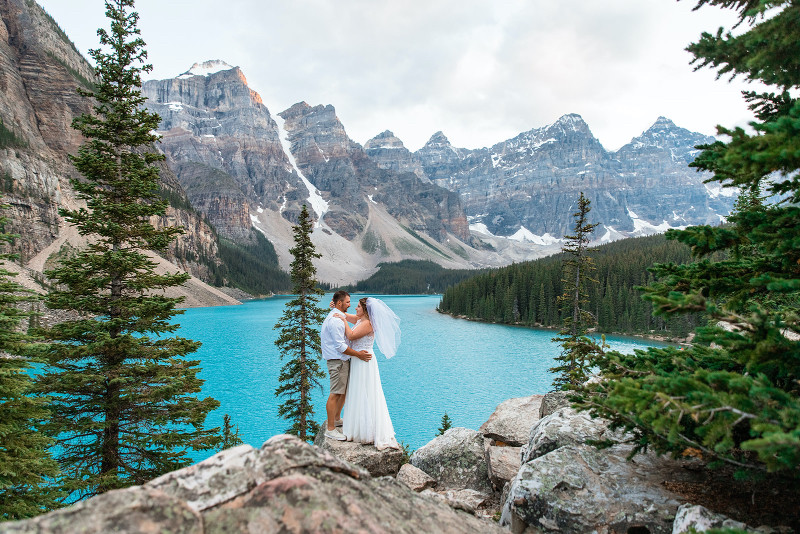 Moraine Lake Wedding Photos with Bride and Groom
