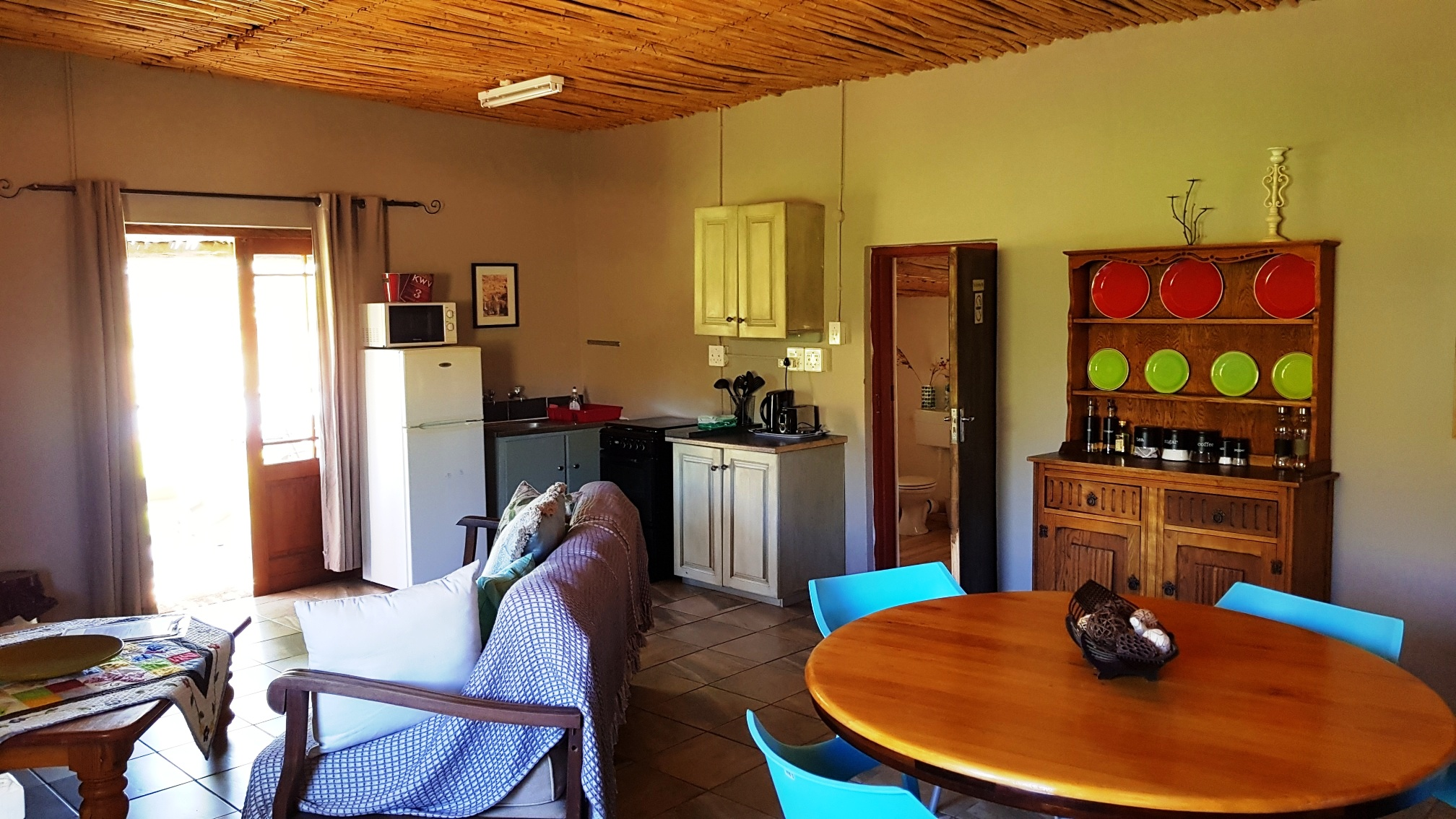 Fully equipped, kitchenette