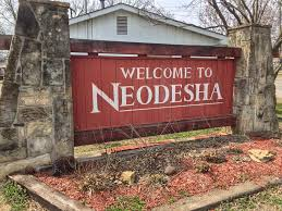 neodesha-welcome-sign
