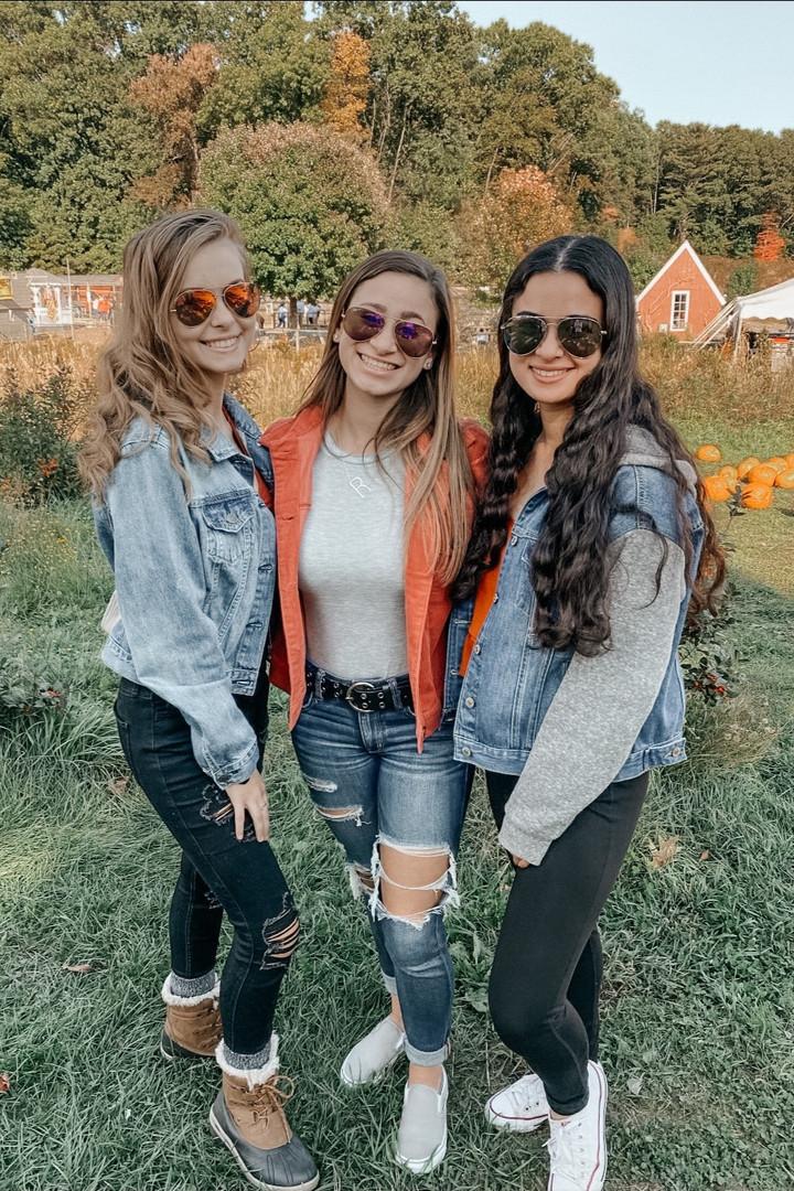 Sisters at Smolak Farms