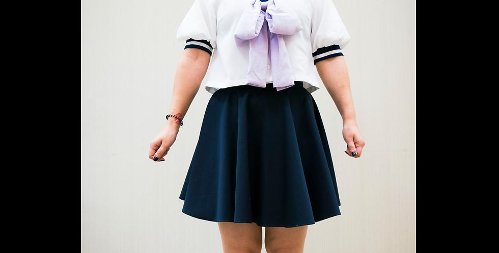 136036 * Korte schooluniform bloes.