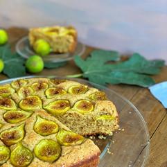 Prăjitură cu smochine și făină de migdale