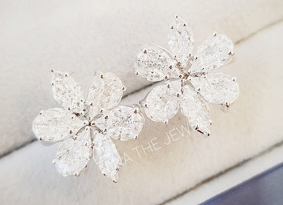 Flower Illusion Studs