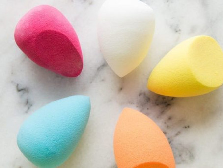Como limpiar correctamente tu esponja de maquillaje