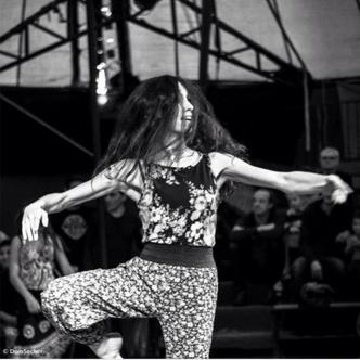 Interview: AVA, danseuse professionnelle.