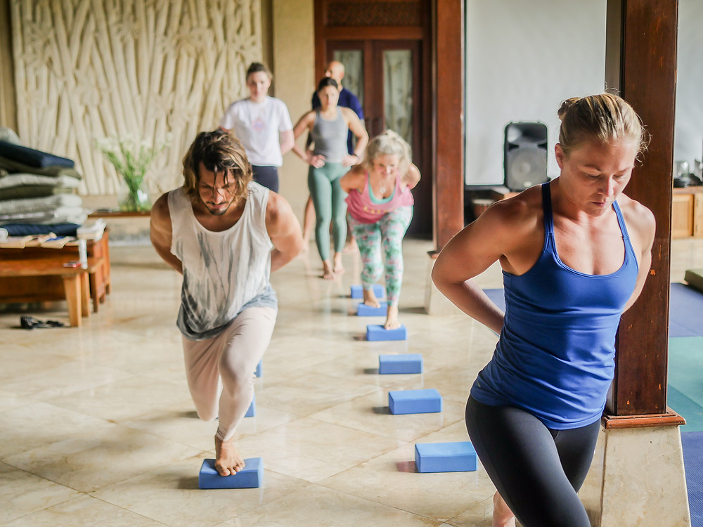 Helenika Travels - movement training on retreat in Bali