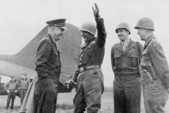 Patton and Eisenhower during war.