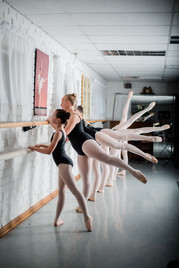 Ballet dancers, One Ohana Inc.