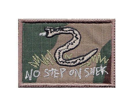 Snek No Step On Snake Don't Tread Funny Velcro - Velcro Back