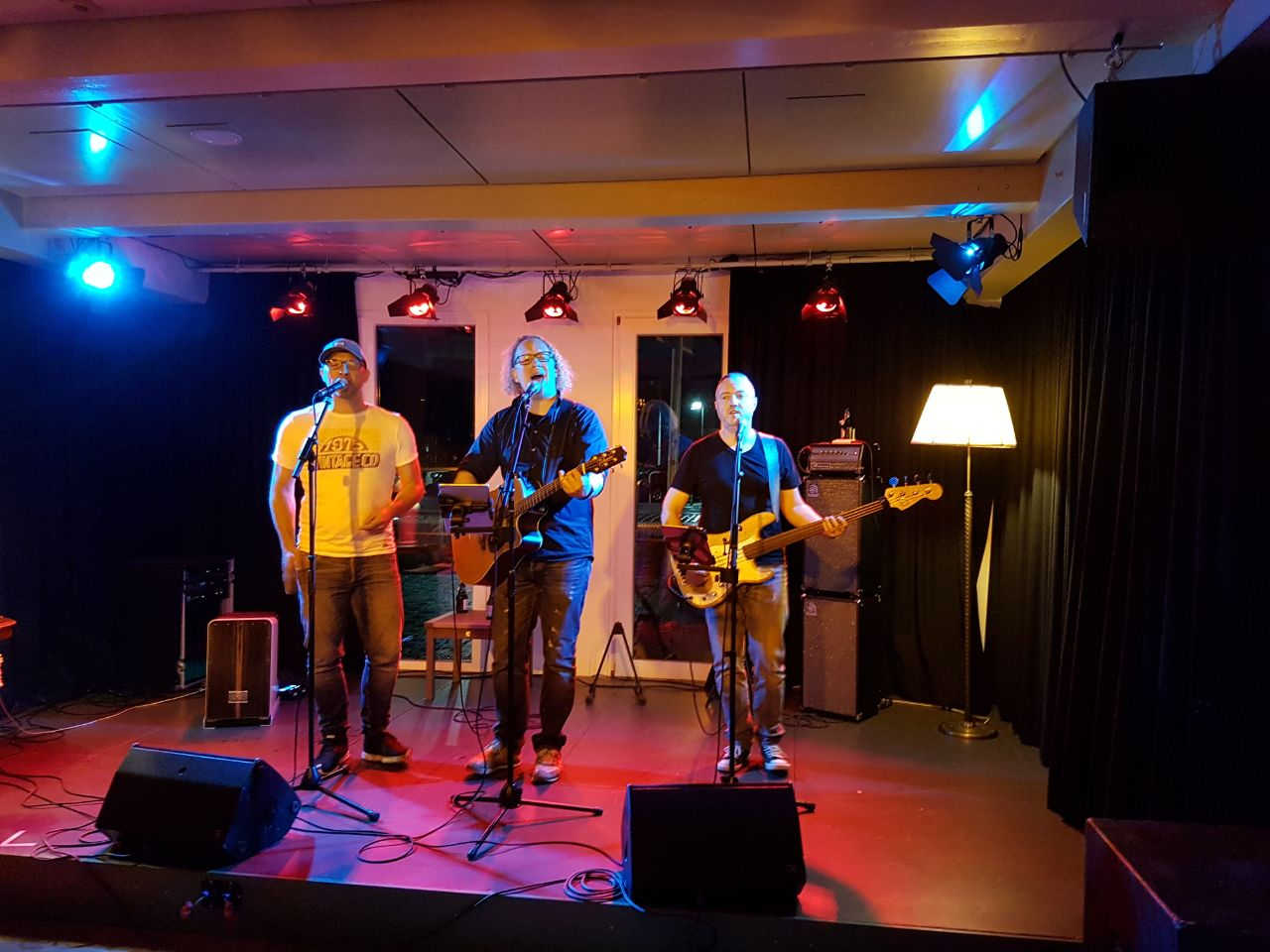 Home Boys Acoustic - Live Nacht WN