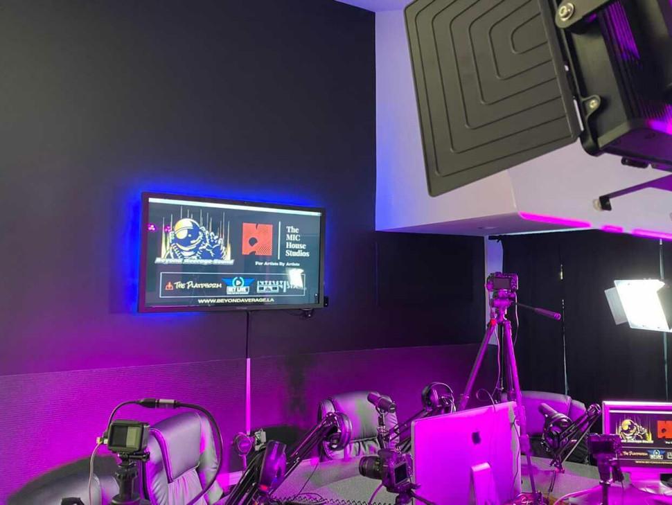 Saturn Podcast Room 3.jpg