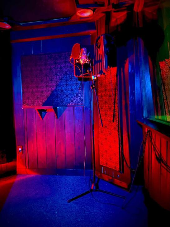 Jupiter Room 3.jpg