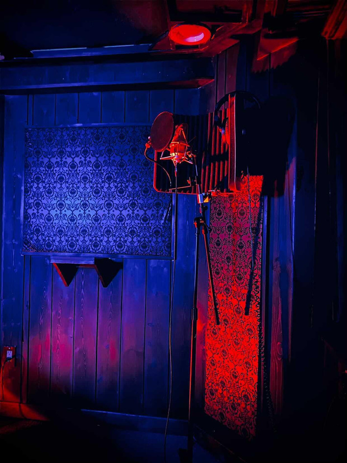 Jupiter Room 4.jpg