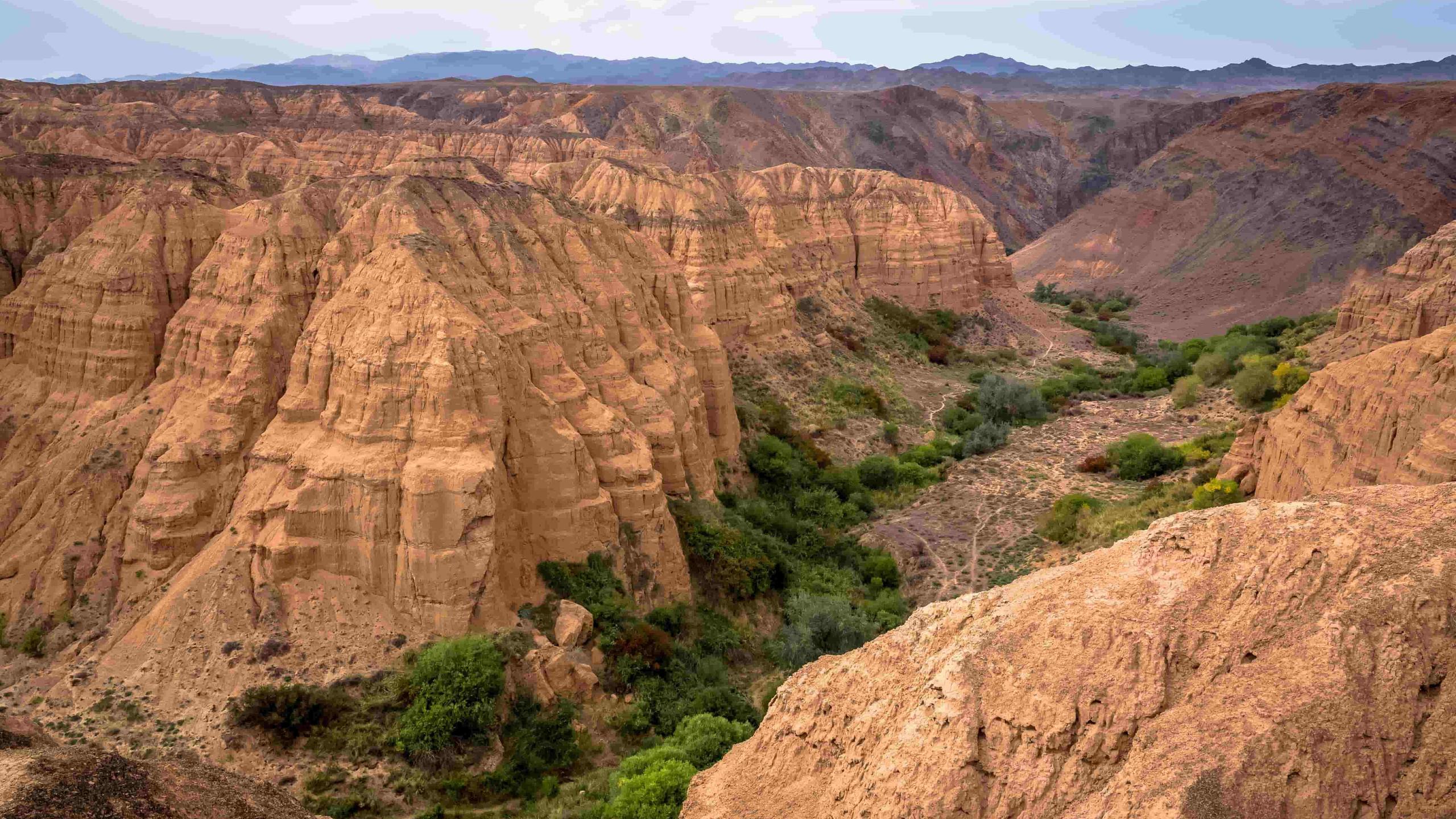 Moon Canyon 1 (1)