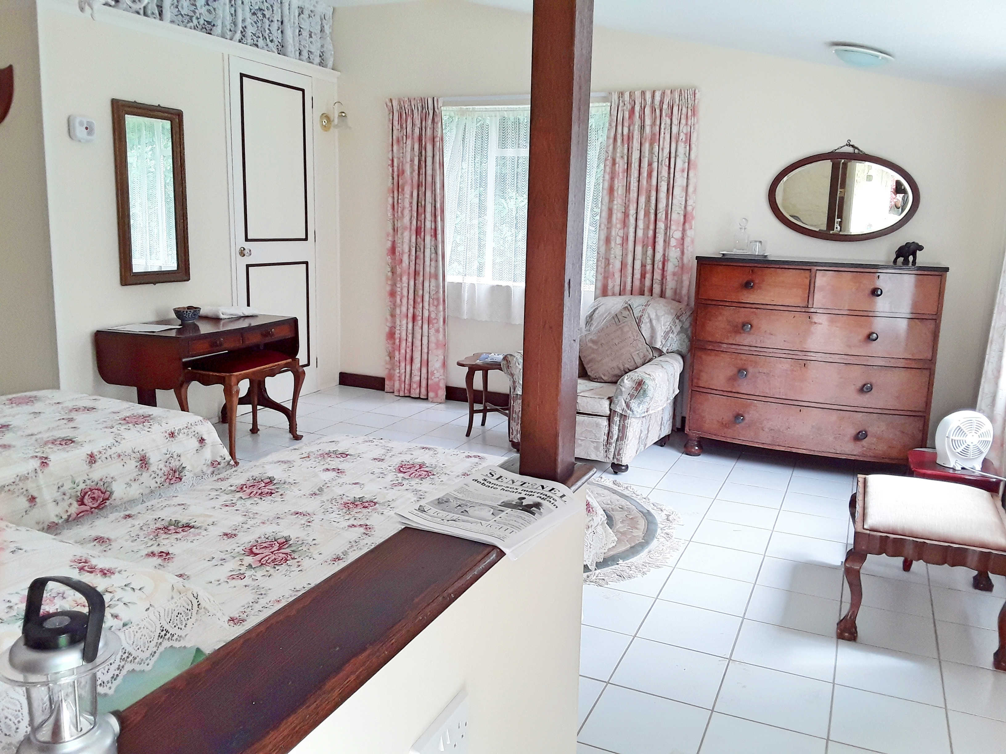 Farm Lodge - Room 5 (Garden Room)