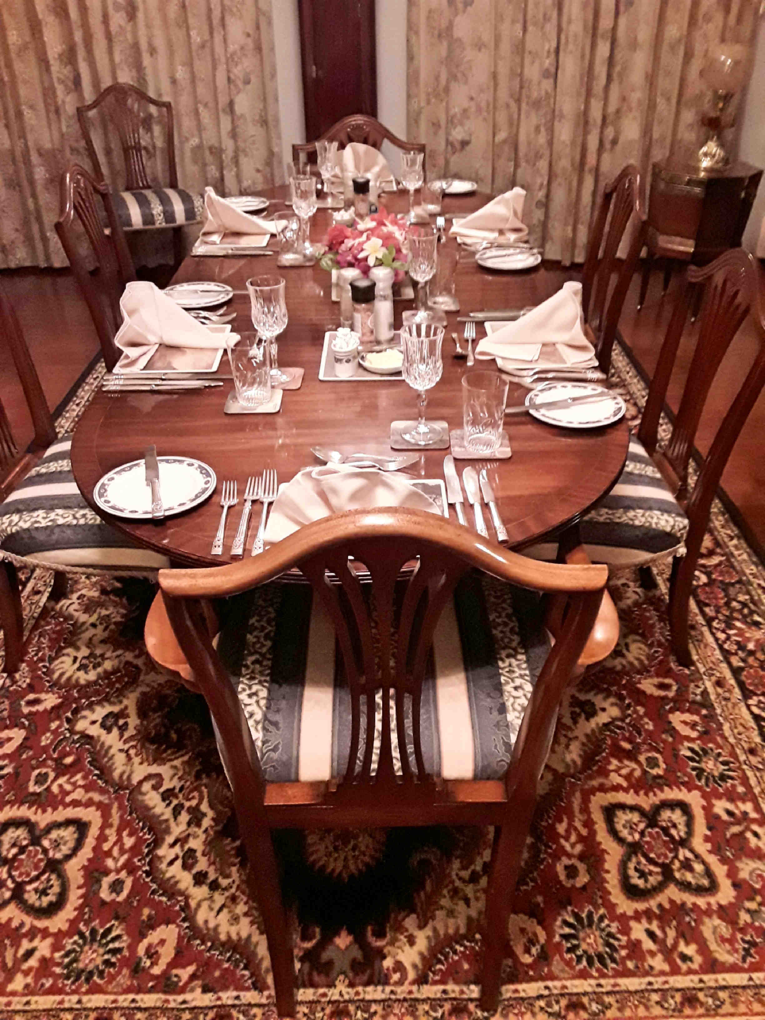 Farm Lodge - Dining Room