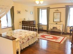 Farm Lodge - Room 3