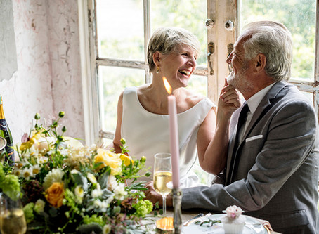 Bodas de casamento: descubra o que significa cada mês e ano
