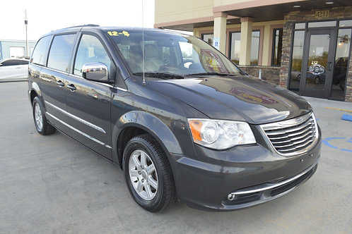 2012 Chrysler Town and Country Touring L