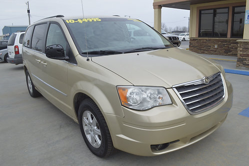 2010 Chrysler Town and Country Touring