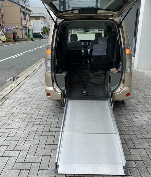 タクシー車両 スロープ
