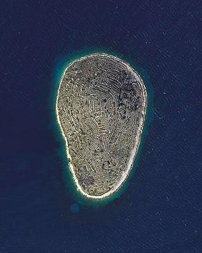 baljenac island.jpg