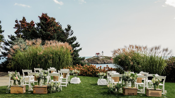 Small outdoor wedding ceremony in Maine, New Hampshire, Massachusetts, Vermont