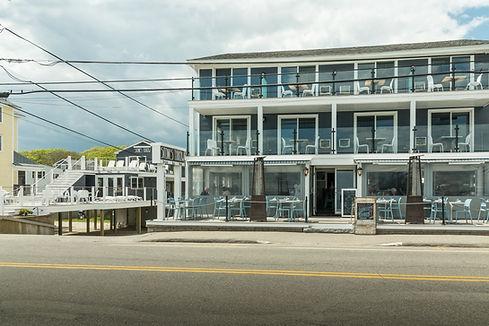 Stones Throw Hotel | Beach Club | Restaurant | York Maine