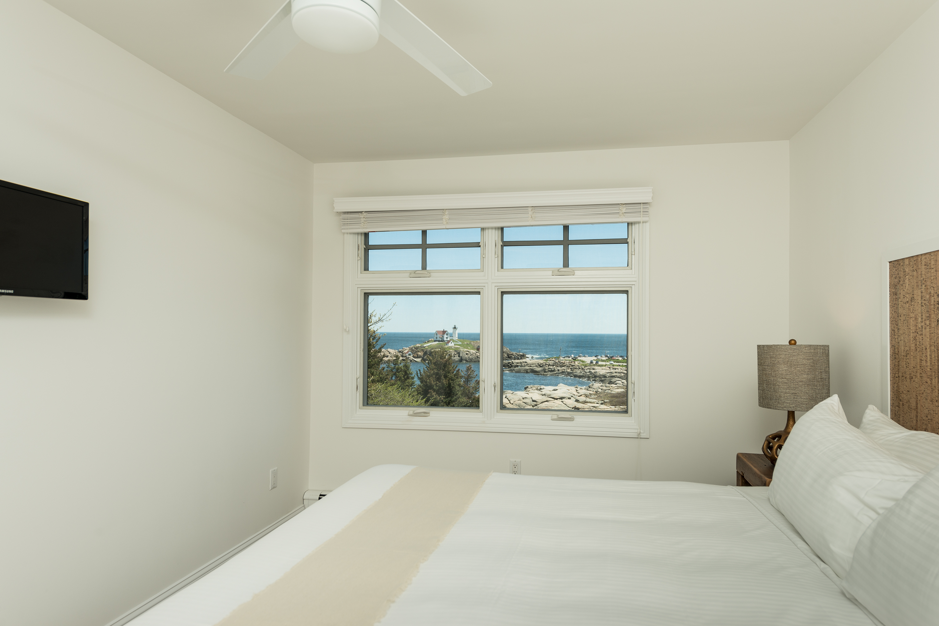Suite 109 | The ViewPoint Hotel