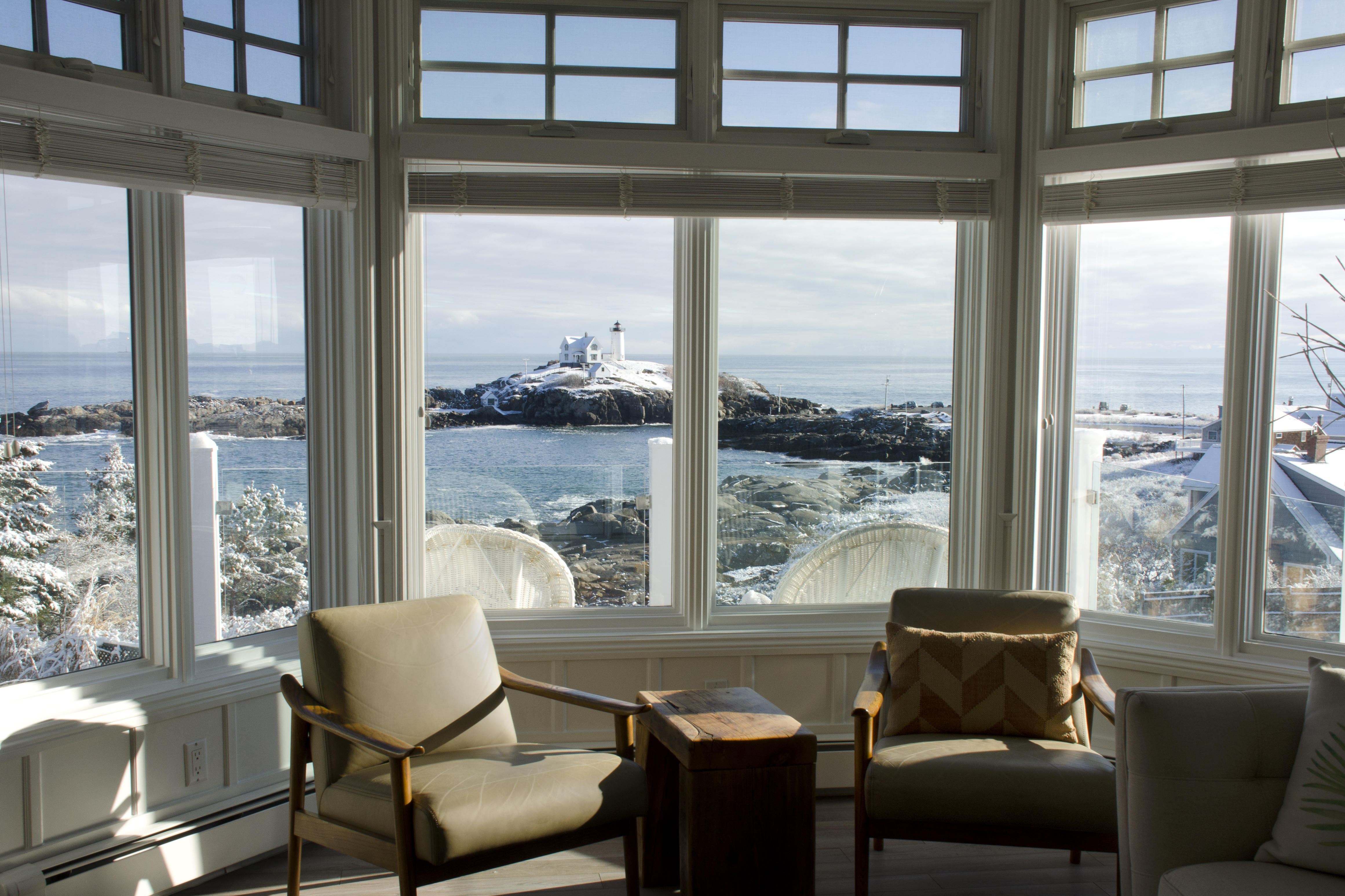 Middle Townhouse Suite, Nubble Lighthouse View at The ViewPoint Hotel