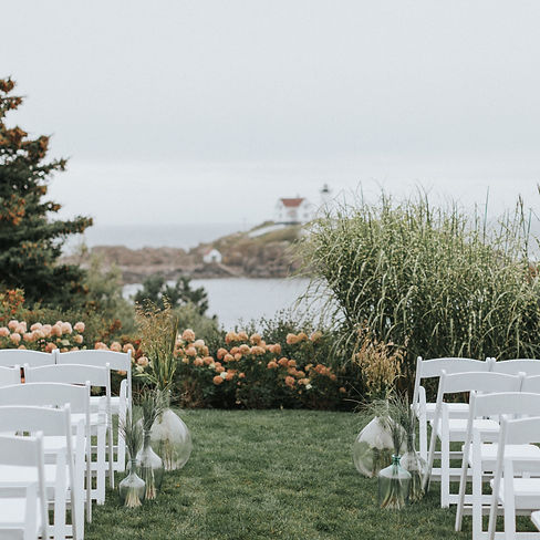 Wedding Gallery of Outdoor Weddings at The ViewPoint Hotel in York, Maine | Photo by Courtney Elizabeth Media