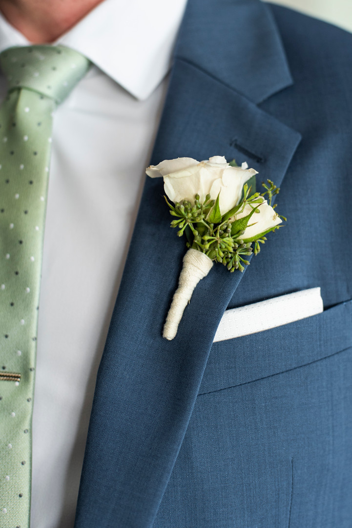 F as in Flowers | New England | White Boutonniere | Beach Weddings
