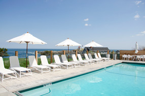 Maine Hotel with Outdoor Pool with a View at The ViewPoint in York