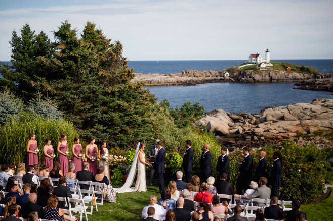 Exchange your love for each other at The ViewPoint Hotel in New England