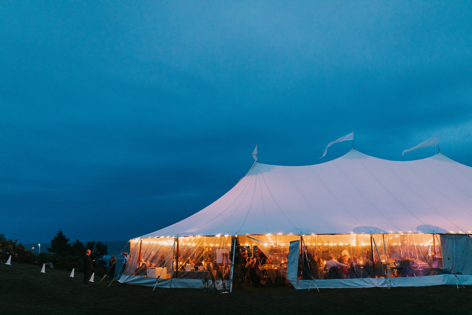 Sperry Tents Seacoast at Night | ViewPoint Hotel Seacoast Wedding Venue