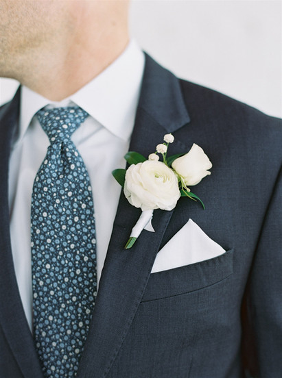 Field Floral Studio Wedding Boutonniere | Groomsmen Attire Inspiration | Floral Tie | ViewPoint Hotel