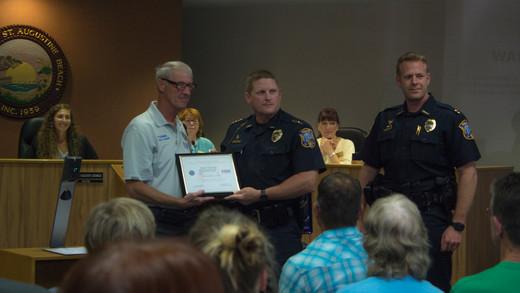 HONORS: Chief Hardwick Receives Patriot Award