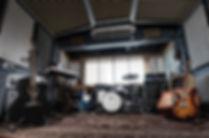 studiophoto (1)_edited.jpg
