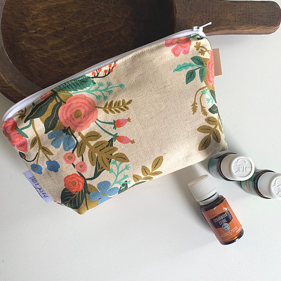 Make-Up/Essential Oil Tote - Garden Blooms